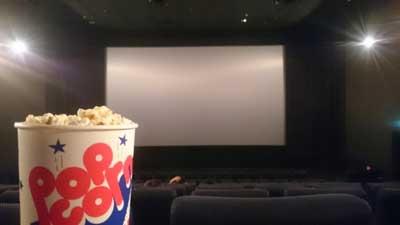 サブリミナル効果 映画館でポップコーンを買いたくなる