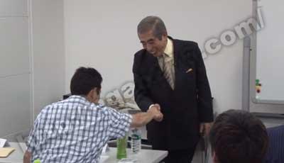 金井英之セミナー受講生と握手